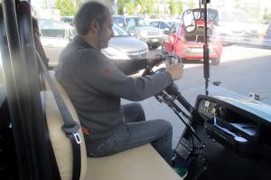 comandi al volante su quadriciclo