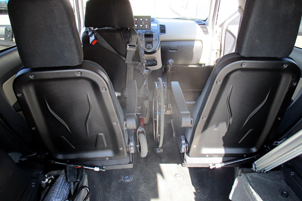 guida in carrozzina con passeggero disabile