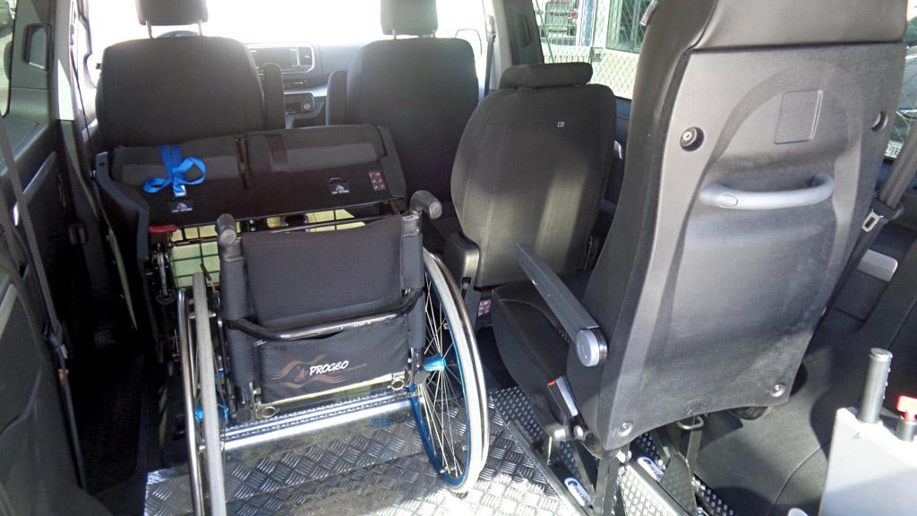 configurazione con 4 sedili